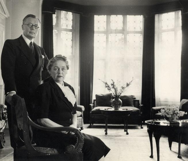 August Torma saatkonnas koos abikaasa Alice Tormaga 1960. aastatel. Foto: Rahvusarhiiv